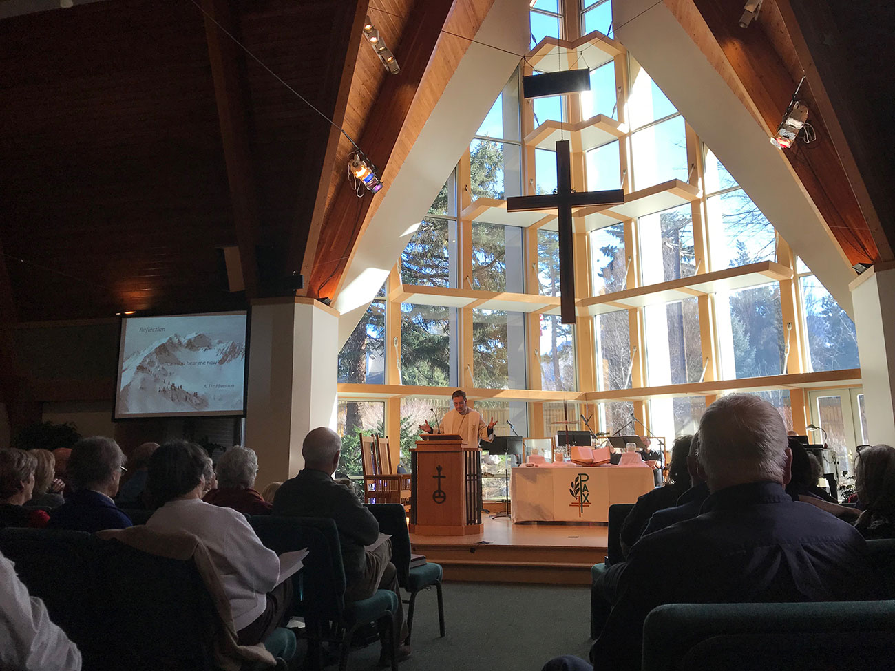 Welcome to Holladay United Church of Christ